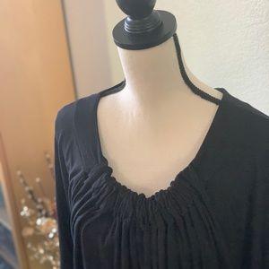 Austin style - black ruched neckline top